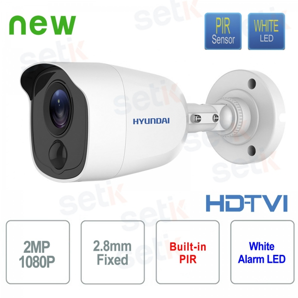 Hyundai 2 MP HDTVI Bullet 2.8 mm video surveillance camera with integrated PIR